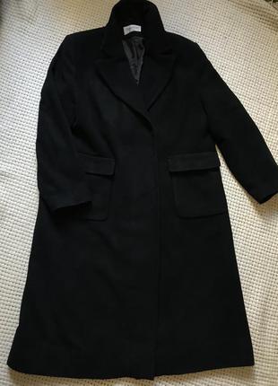 Пальто чёрное удлинённое