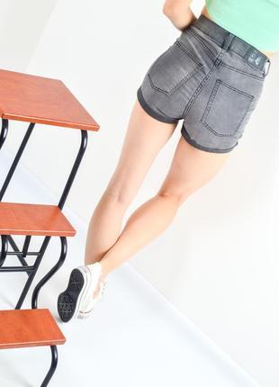 Cheap monday джинсовые шорты с завышенной талией с отворотами,...