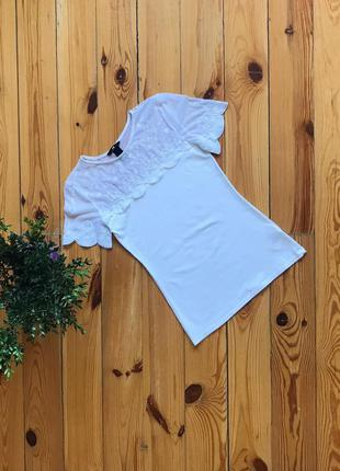 Красивая белая футболка с кружевными вставками h&m. р-р s