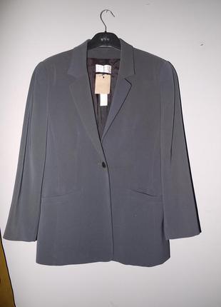 Строгий жакет ( пиджак ) брендовый . интересный цвет  . темно ...