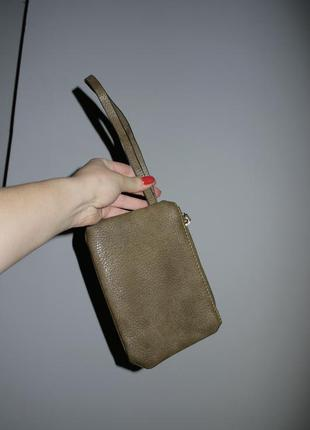 Новый , маленький клатч , кошелек оливковый из натрульной плот...