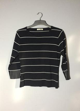 Вязаная тонкая кофта свитеров . rayon чёрная в белую полоску