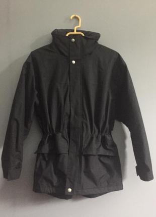 Чёрная куртка для зимы ( лыжная )