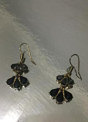 Винтажные серьги лепестки с камнями ( чёрный серый ) цвет золото