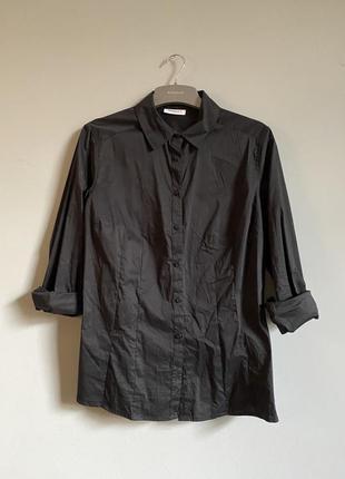 Чёрная рубашка из приятного хлопка ( стрейчевая) классическая