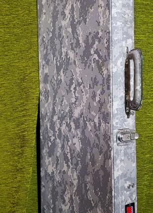 Чехол Gator кейс кофер для гитары Fender  Stratocaster USA