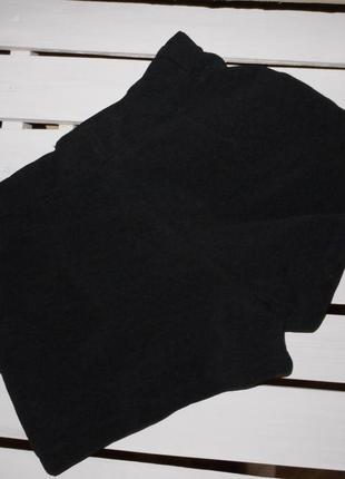Шорты на талию в обтяжку из ткани с фактурой