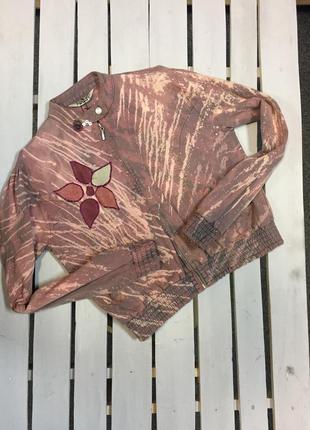 Джинсовая куртка ( бомбер ) с замшевыми нашивками