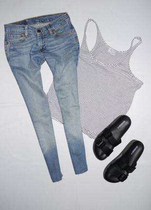 Укорочённые джинсы levi's ( левайс ) с бахромой