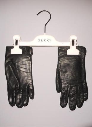 Кожаные чёрные перчатки на шерстяной подкладке