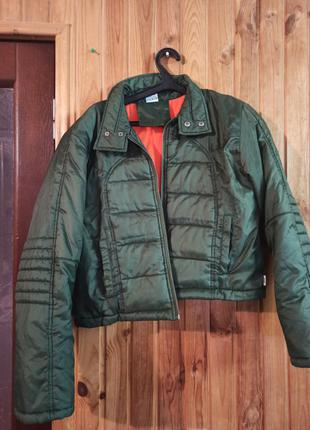 Дутая укороченая куртка, бомбер