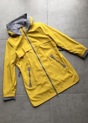 Ветровка, плащ,пальто