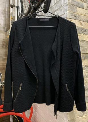 Кофта кардиган свитер джемпер чёрный  на замке фактурная ткань