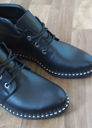 Кожаные жэнские ботиночки