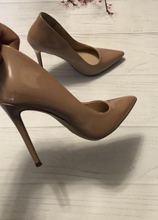 Туфли нюдовые шикарные лодочки new look