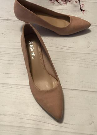 Туфли новые замшевые модные лодочки