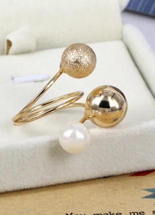 Кольцо с жемчугом серебристое с регулируемым размером