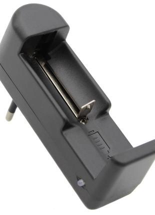 Зарядное устройство для аккумуляторов 1X18650 + USB
