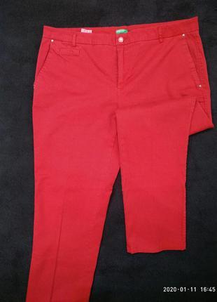 Легкие джинсы benetton.