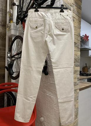 Джинсы брюки  мужские белые молочные