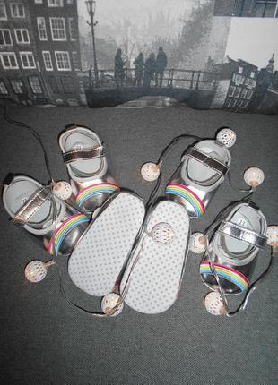 Обувь для малышек, пинетки от 0 до 18 мес