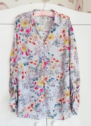 Нежная рубашка в цветочный принт