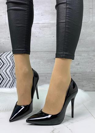Шикарные лаковые туфли на каблуке,чёрные лаковые туфли лодочки...