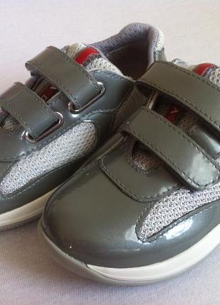 Мега стильные кожаные кроссовки, туфли  prada оригинал !!!