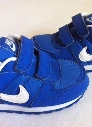 Стильные кроссовки nike размер 25 по стельке 15 см оригинал !!!