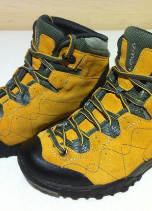 Трекинговые ботинки lowa focus gtx с мембраной gore-tex р. 36-...