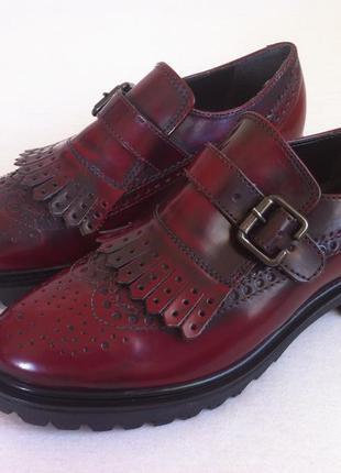 Мега стильные лаковые туфли лоферы , броги 👞фирмы batа размер ...