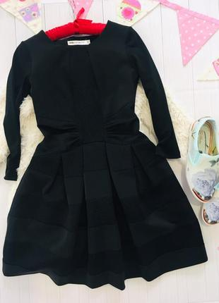 Черное платье из неопрена с сетками в стиле maje