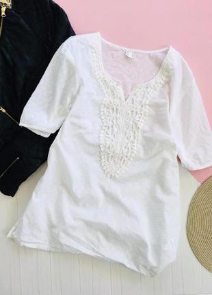 Кружевная легчайшая  блуза с выбитым декором