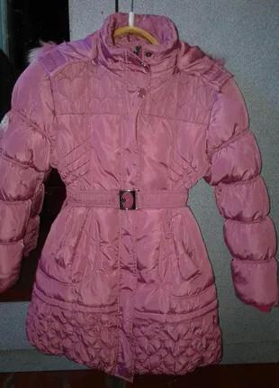 Продам детскую дутую куртку.