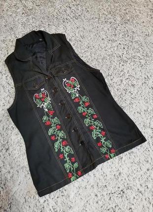 Рубашка с вышивкой, безрукавка