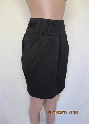 Стильная юбка со складками/драпировкой