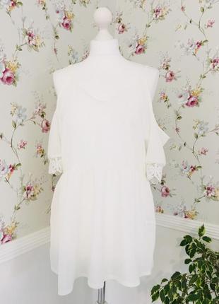 Блузка белоснежная с кружевными рукавами можно беременной