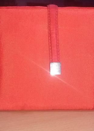 Красная,атласная,вечерняя сумка клатч.