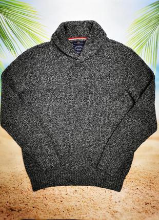 Тёплый вязаный фирменный пуловер с интересным воротом