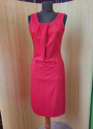 Трикотажное красное платье футляр в деловом стиле s/m
