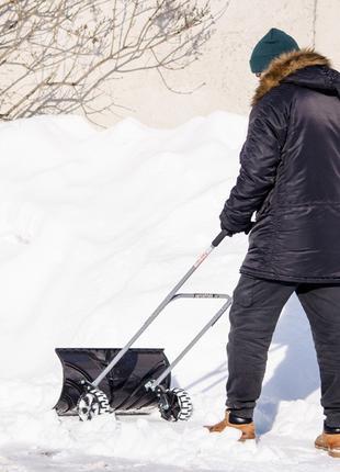 Ковш для уборки снега на колесах 660*320 мм, ручка 1080 мм