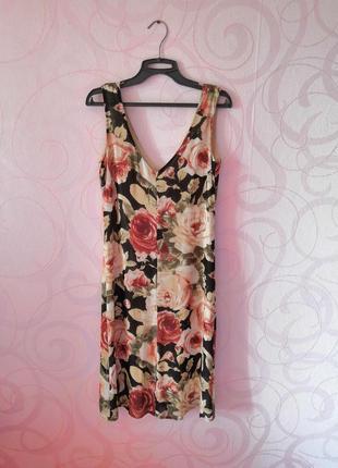Платье-футляр с принтом в розы, цветочный принт, ретро стиль, ...