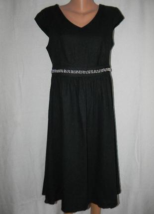 Новое нарядное платье лен с украшением papaya