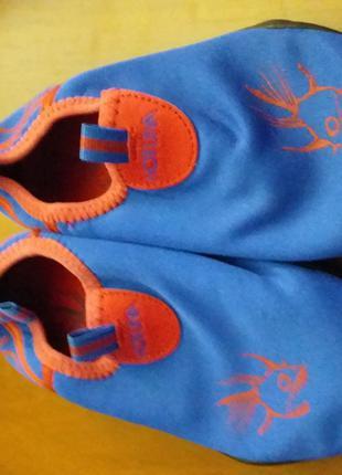 Взуття для басейну. Аквашузи, коралки 26 р. - 100 грн.