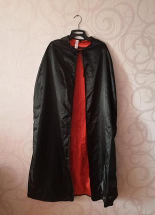 Черная атласная накидка в пол с красной подкладкой, карнавал, ...