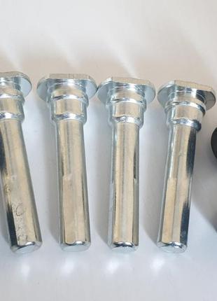 Ремкомплект суппорта авео (2 колеса) (4 направл+4 пыльника)