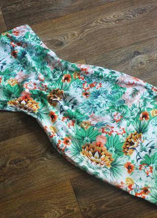 Шикарное платье по фигуре в цветочный принт от ax paris