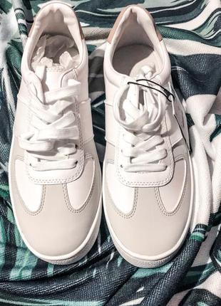 Кроссовки кеды bershka белые лоферы 39р унисекс