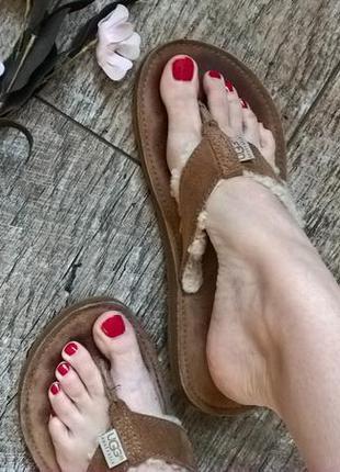 Оригинальные вьетнамки/кожаные от ugg/коричневые/с мехом-40р