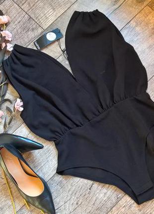Новое черное боди с глубоким декольте/сексуальное и нарядное/о...